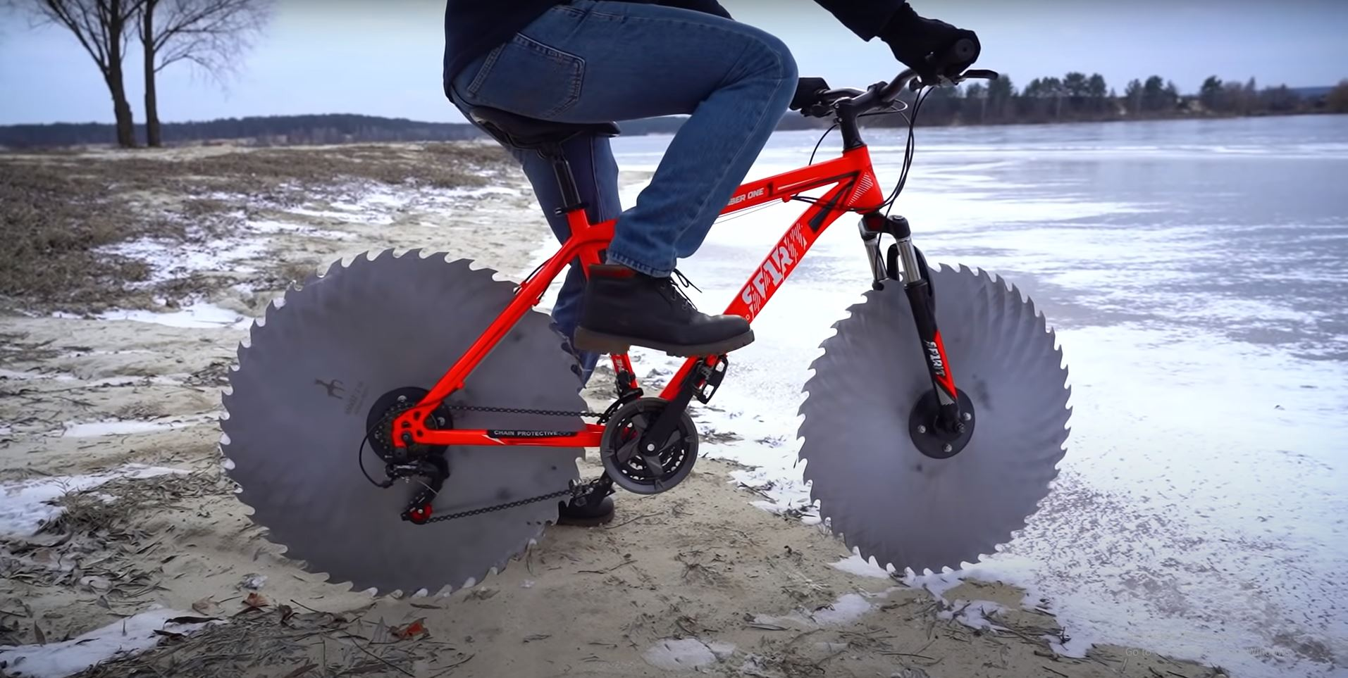 A YouTuber Replaced Regular Bike Tires With Circular Saw Blades